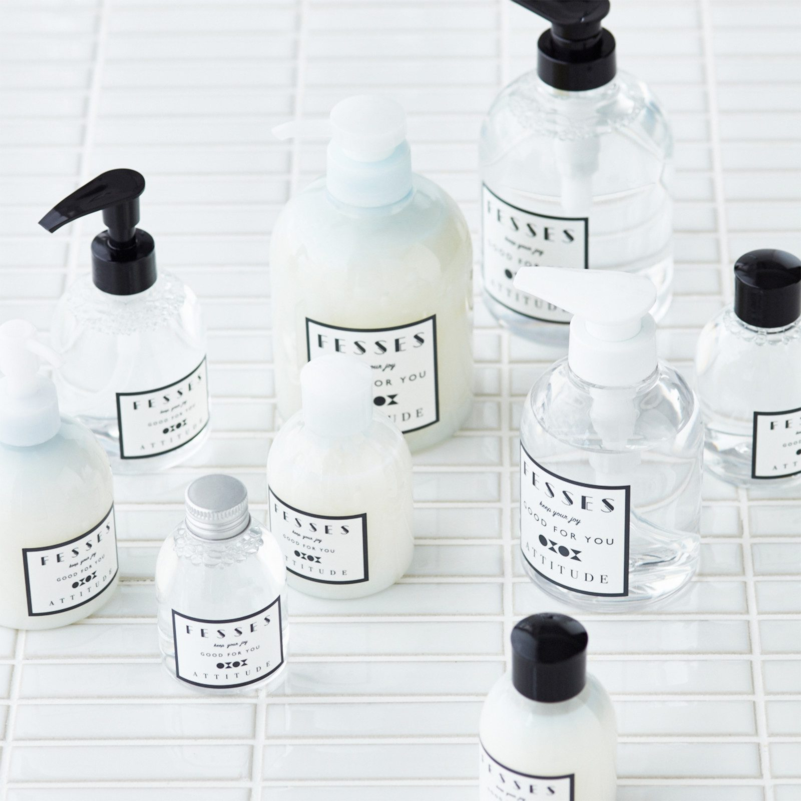 化粧品容器 (FESSES)